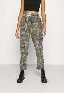 NEW girl ORDER - MILITARY CARGO JOGGERS - Pantalon de survêtement - khaki