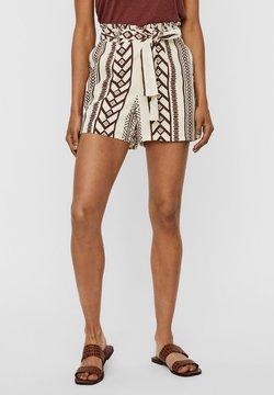 Vero Moda - Shorts - birch 3
