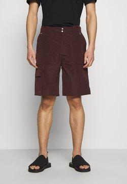 Tiger of Sweden - TRAIL - Shorts - burgundy