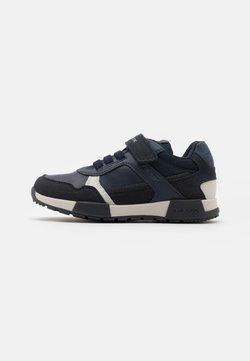 Geox - ALFIER BOY - Sneakers laag - navy/dark grey
