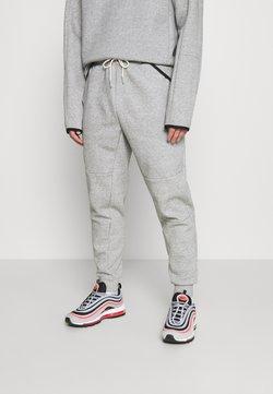 Nike Sportswear - TECH PANT - Jogginghose - grey