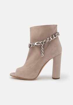 Casadei - UNCHAINED - High heeled ankle boots - silver