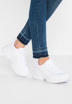 Puma - CILIA - Matalavartiset tennarit - white