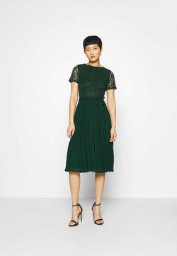 Dorothy Perkins - ALICE PLEAT MIDI - Robe de soirée - green