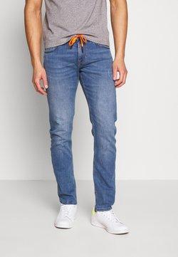 TOM TAILOR DENIM - SLIM PIERS PERFORMANCE STRETCH - Slim fit jeans - light stone blue denim