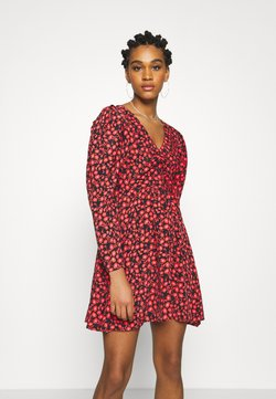 Topshop - V NECK SKATER DRESS - Freizeitkleid - red