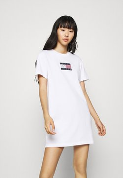Tommy Jeans - LOGO TEE DRESS - Sportkleid - white