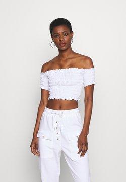 Missguided Tall - SHIRRED BARDOT CROP TOP - T-Shirt basic - white