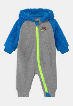 Nike Sportswear - ZIG ZAG - Jumpsuit - dark grey
