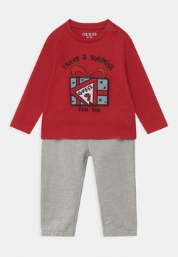 Guess - ACTIVE BABY SET - Survêtement - tulip red