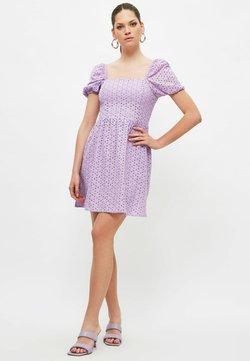Trendyol - Sukienka letnia - purple
