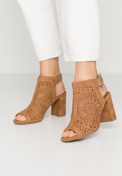 XTI - Sandalen met hoge hak - camel