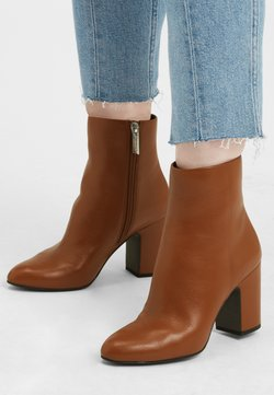 What For - Stiefelette - cognacbraun