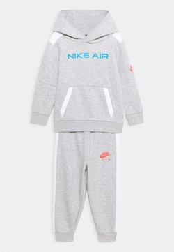 Nike Sportswear - AIR SET - Trainingspak - grey heather