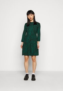 Dorothy Perkins Petite - ANIMAL PRINT SMOCK DRESS - Freizeitkleid - green