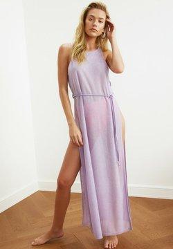 Trendyol - Maxikleid - purple