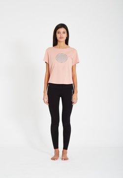 Yogasearcher - T-Shirt print - blush