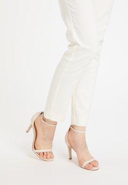 DreiMaster - Sandalen met hoge hak - beige