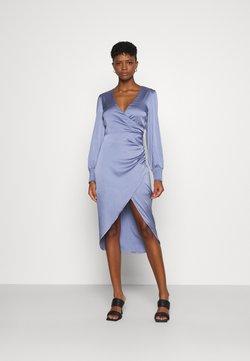 Nly by Nelly - LUCKY ME SMOCK DRESS - Festklänning - dusty blue