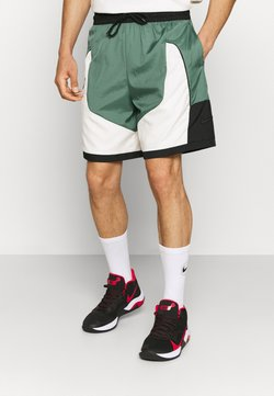 Nike Performance - THROWBACK SHORT NARRATIVE - kurze Sporthose - dutch green/pale ivory/off noir