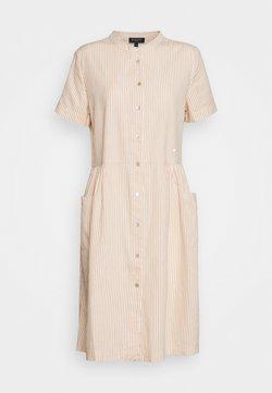 Selected Femme - SLFROSE DRESS EX - Blusenkleid - birch/caramel