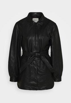 Selected Femme - SLFLILI LONG  - Leather jacket - black