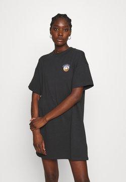 Wrangler - TEE DRESS - Sukienka z dżerseju - wornblack