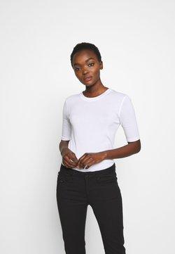 CLOSED - WOMEN´S - T-Shirt basic - white