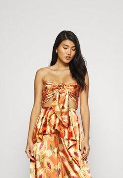 ANDREA IYAMAH - RYA PAPAYA PRINT SCARF - Beach accessory - orange