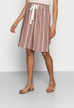Noa Noa - Shorts - art brown