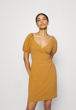 Vero Moda - VMJASMINE WRAP SHORT DRESS - Jerseyklänning - golden brown