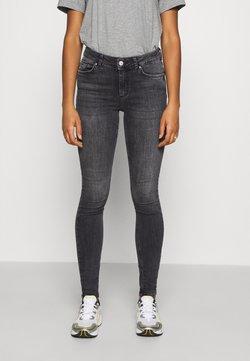 Pieces - PCDELLY NOOS  - Jeans Skinny Fit - dark grey denim