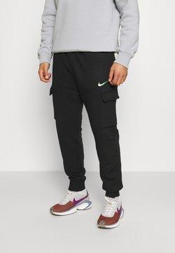 Nike Sportswear - ZIGZAG CARGO PANT - Pantalon de survêtement - black