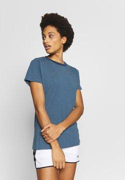 Hummel - HMLMOVE  - T-shirt basic - bering sea
