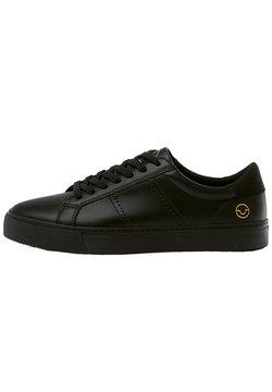 PULL&BEAR - SCHWARZE SNEAKER MIT BROGUING 12204540 - Sneaker low - black