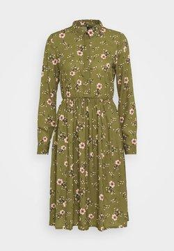 Vero Moda - VMGALLIE DRESS - Blusenkleid - beech/gallie