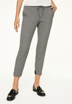 comma casual identity - MIT HAHNENTRITT-MUSTER - Stoffhose - cream houndstooth