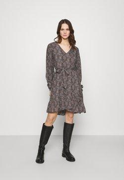Selected Femme - SLFMABEL SHORT DRESS - Freizeitkleid - black