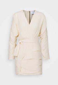 CMEO COLLECTIVE - CONSTRUCT DRESS - Cocktailkleid/festliches Kleid - cream