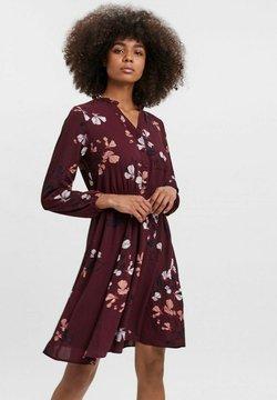 Vero Moda - COURTES - Sukienka letnia - bordeaux