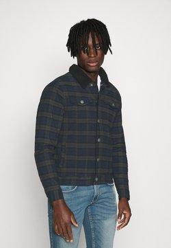 Redefined Rebel - JONES JACKET - Veste en jean - dark olive
