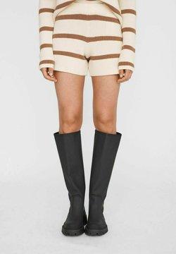 Noisy May - Shorts - pristine