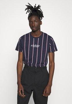 Hollister Co. - TECH LOGO STRIPES - T-shirt imprimé - navy
