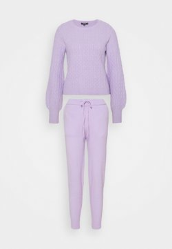 Missguided - TEXTURED JUMPER AND JOGGER SET - Strickpullover - lilac