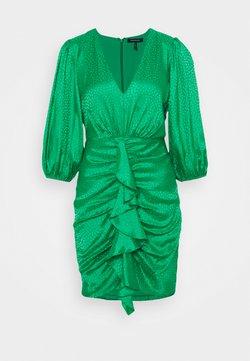 BCBGMAXAZRIA - EVE  - Vestito elegante - bright green