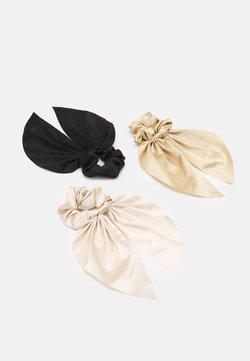 Monki - SAMARA SCRUNCHIES 3 PACK - Haar-Styling-Accessoires - black/off white/gold