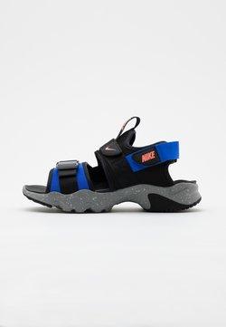 Nike Sportswear - CANYON SLIDE - Riemensandalette - black/atomic pink/hyper royal/particle grey/grey fog