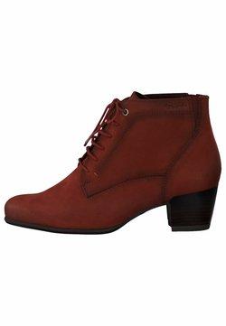 Tamaris - STIEFELETTE - Cowboy/biker ankle boot - scarlet nubuc