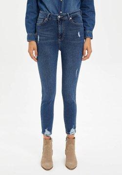 DeFacto - Slim fit jeans - blue