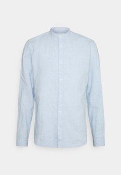 Lindbergh - BLEND MANDARIN - Camicia - light blue